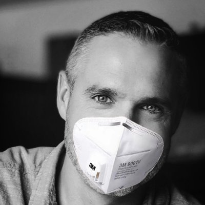 Doug Belshaw (in a pandemic mask)